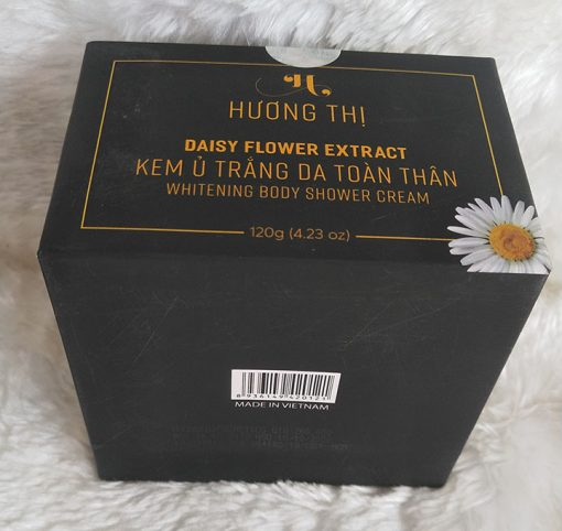 Huong-Thi-kem-u-trang-toan-than-ma-san-pham